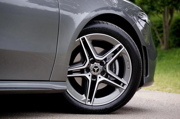Immatriculations de véhicules : un léger mieux qui reste à confirmer