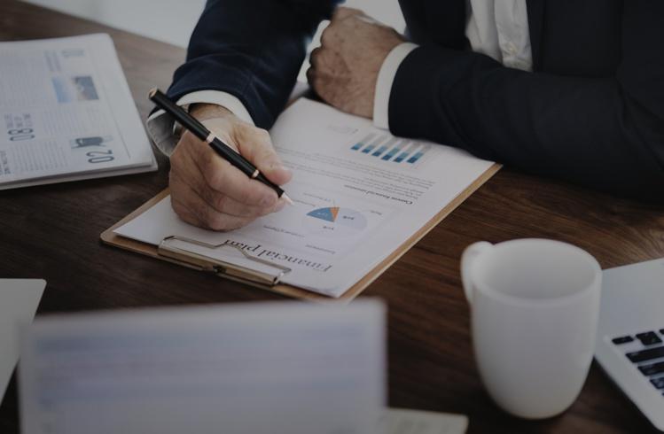 Les 25-41 ans hésitent à investir en actions et préfèrent les livrets