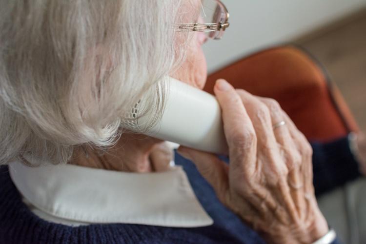 EHPAD : 1 senior sur 3 est obligé de puiser dans son épargne
