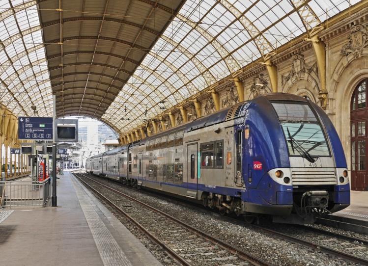 Pour retrouver l'équilibre, la SNCF pourrait céder des actifs