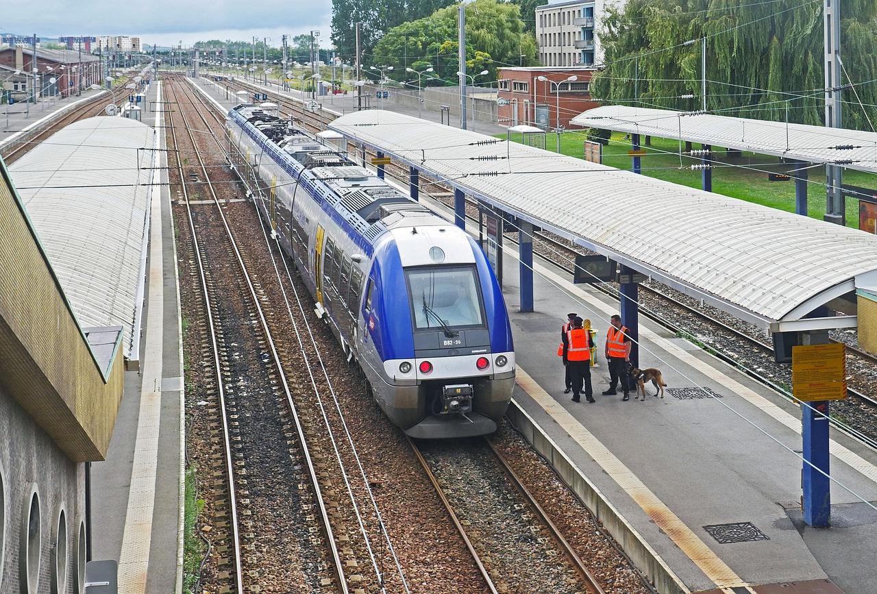 SNCF : une consultation organisée par les syndicats