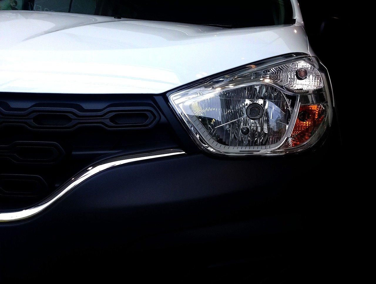 Renault va supprimer 2.100 postes dans la production, 1.500 dans l'ingénierie