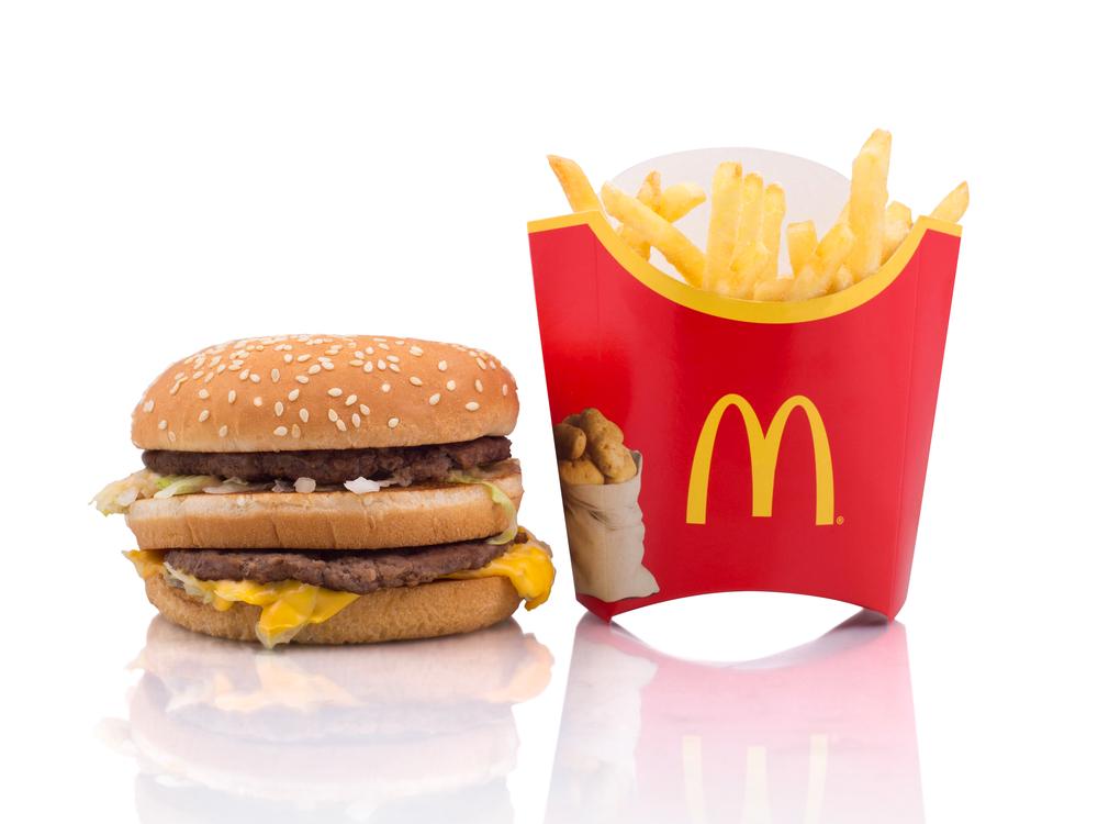 """Salaires : l'indice """"Big Mac"""" révèle que les salaires ont augmenté en France"""