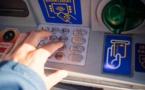 Les distributeurs de billets continuent de disparaître