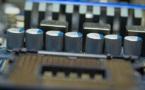 Intel supprime 12 000 postes sur fonds de chute des ventes de PC